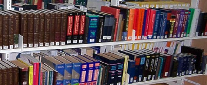 Books crop-1r